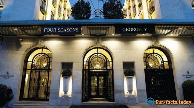 «George V»: 10 Interesting Facts About the Old Hotel-Museum