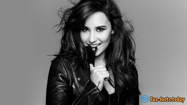 Awesome Facts About Demi Lovato