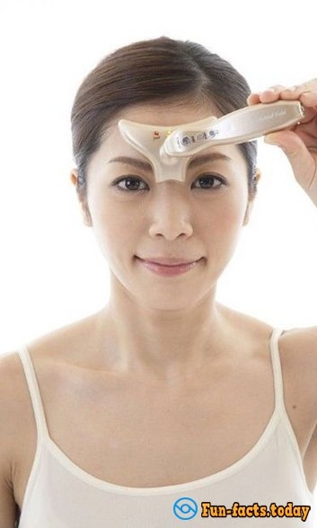 "Most Idiotic ""Beauty Gadgets"" From China"