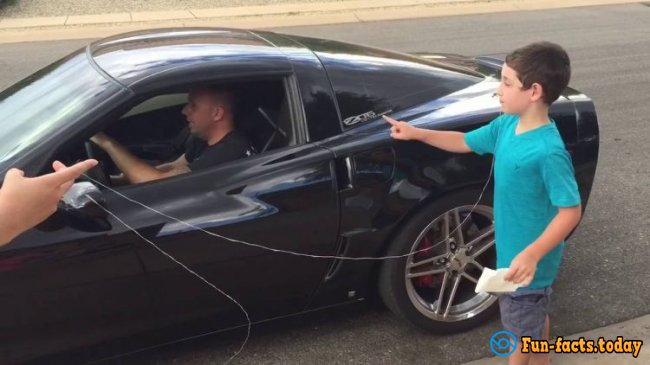 Lifehack: How To Snatch A Baby Tooth Using Sport Car